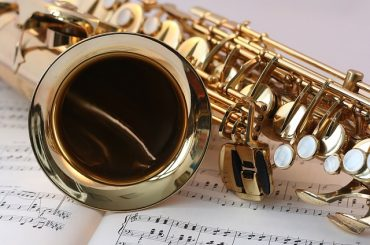 Instrumentalists Gain From Music Theory Courses